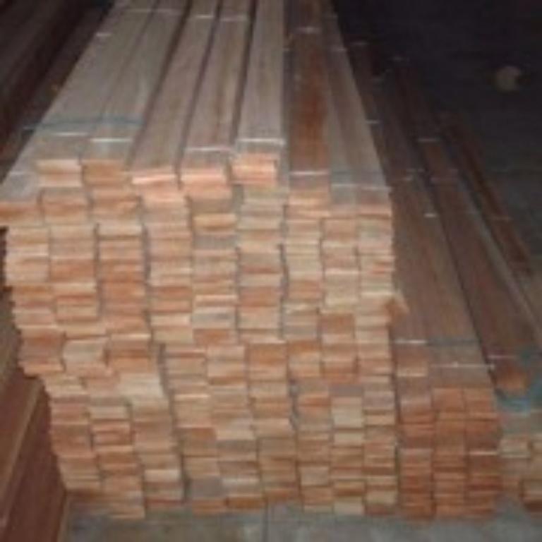 http://longomadeiras.com.br/admin/web_files/img/produtos/6fa0b891f27a72001a595caba556a684731522016280968748.jpg
